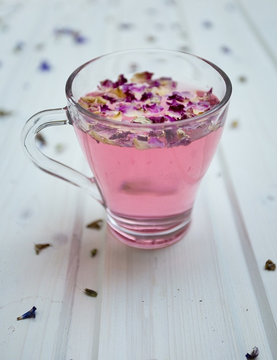 cup of tea with rose petals